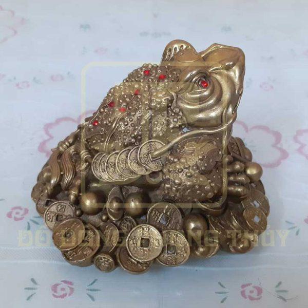 Tượng cóc ngậm tiền bằng đồng
